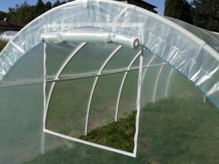 Folia z wszytym okienkiem na suwak do konstrukcji 3,00m x 2,00m